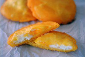 arepa e huevo , tour de comidas cartagena, street foods cartagena